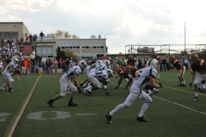 JP and Ireton get set for a play (Photo by Sonia Carlos)